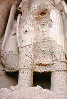 The Bamiyan Buddha of 34 m high in 1999..Is head decapitate by explosive (dust at is foot), several blow of RPG (antitank) and hundred impact of AK47 (Kalashnikov) have already damage irrevocably the statue in autumn 1999.