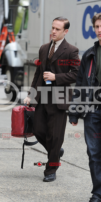 April 11 , 2012:En eL  Set de Kill Your Darlings ,Daniel Radcliffe ,New York City ,New York.<br />