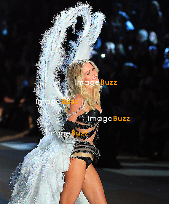 NEW YORK, NY - NOVEMBER 07: Victoria's Secret Angel - LINDSAY ELLINGSON walks the runway during the 2012 Victoria's Secret Fashion Show at the Lexington Avenue Armory in New York City.