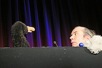"""Rene Marik spielt sein Programm """"Zehage! Das Beste plus X"""" - Maulwurfn und Rene Marik spielen Matrix"""