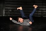 DIGESTED NOISE<br /> <br /> Chorégraphe : Daniel Linehan<br /> Danse : Daniel Linehan<br /> Compagnie : <br /> Lieu : Théâtre des Abbesses<br /> Ville : Paris<br /> Date : 04/11/2013