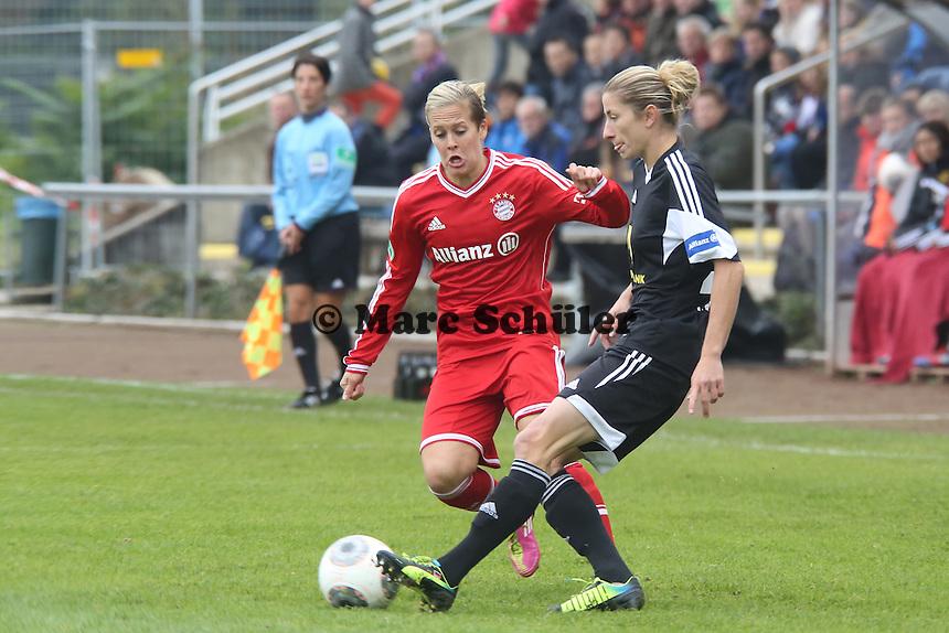 Bianca Schmidt (FFC) gegen Vanessa Bürki (Bayern) - 1. FFC Frankfurt vs. FC Bayern München