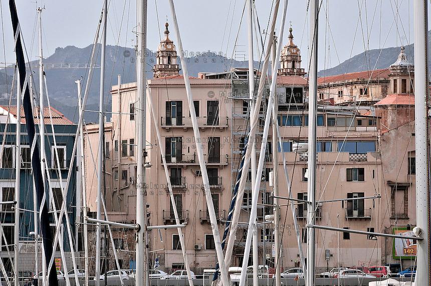 Palermo:View from the harbor of Cala.<br /> Palermo:Vista dal porticciolo della Cala
