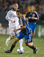 Ivan Guerrero dribbles in front of David Baeckham, Los Angles Galaxy vs the San Jose Earthquakes, Thursday, April 3, 2008.
