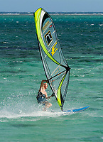 MUS, Mauritius, Black River, Le Morne: Windsurfer an der Suedspitze der Le Morne Halbinsel | MUS, Mauritius, Black River, Le Morne: windsurfer at the south of Le Morne peninsula