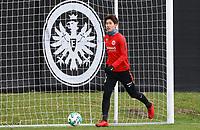 Daichi Kamada (Eintracht Frankfurt) - 29.12.2017: Eintracht Frankfurt Training, Commerzbank Arena