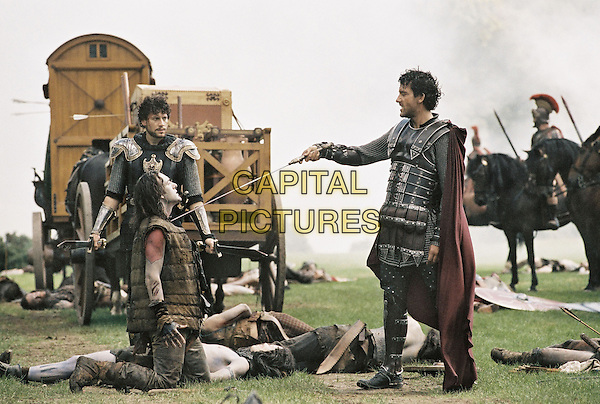 King Arthur (2004)<br /> Ioan Gruffudd &amp; Clive Owen <br /> *Filmstill - Editorial Use Only*<br /> CAP/KFS<br /> Image supplied by Capital Pictures