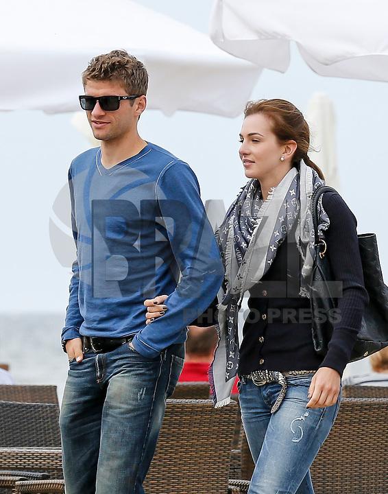 Football: EURO 2012, National Team Germany, Gdansk, 24.06.2012<br /> Thomas Mueller and wife Lisa<br /> © pixathlon