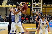 ZWOLLE - Basketbal, Landstede - Donar, Halve finale beker, seizoen 2017-2018, 18-02-2018, Donar speler Rienk Mast met Landstede speler Franko House