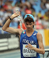 CALI - COLOMBIA - 18-07-2015: Giacomo Brandi de Italia, en acción durante la prueba de los 10000  metros en el estadio Pascual Guerrero sede, sede de IAAF Campeonatos Mundiales de la Juventud Cali 2015.  / Giacomo Brandi of Italy, in action during the test of 10000  meters in the Pascual Guerrero home of the IAAF World Youth Championships Cali 2015. Photos: VizzorImage / Luis Ramirez / Staff.