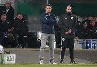 Trainer Alois Schwartz(Karlsruher SC) - 29.10.2019: SV Darmstadt 98 vs. Karlsruher SC, Stadion am Boellenfalltor, 2. Runde DFB-Pokal<br /> DISCLAIMER: <br /> DFL regulations prohibit any use of photographs as image sequences and/or quasi-video.