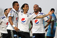 MONTERIA - COLOMBIA - 19-04-2015: Rafael Robayo  de Millonarios celebra su gol contra Jaguares de FC   , durante partido  por la fecha 16 entre  Jaguares FC  y Millonarios de la Liga Aguila I-2015, en el estadio Municipal de Monteria de la ciudad de  Monteria . / Rafael Robayo   player of  Millonarios  celebrates his goal against Jaguares FC   during an  match of the 16 date between Jaguares FC and  Millonarios  for the Liga Aguila I -2015 at the Municipal  Stadium of Monteria  city, Photo: VizzorImage / Andrew Indell  / Staff.