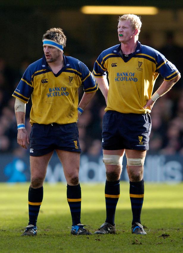 Photo: Richard Lane..Bath Rugby v Leinster. Heineken Cup. 08/01/2005..Leinster forwards, Emmett Byrne and Leo Cullen.