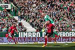 13.04.2019, Weserstadion, Bremen, GER, 1.FBL, Werder Bremen vs SC Freiburg<br /> <br /> DFL REGULATIONS PROHIBIT ANY USE OF PHOTOGRAPHS AS IMAGE SEQUENCES AND/OR QUASI-VIDEO.<br /> <br /> im Bild / picture shows<br /> Davy Klaassen (Werder Bremen #30) im Duell / im Zweikampf mit Jerome Gondorf (SC Freiburg #20), <br /> <br /> Foto &copy; nordphoto / Ewert