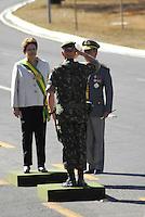 BRASILIA, DF, 07 SETEMBRO 2012 - DESFILE DIA DA INPEDENCIA EM BRASILIA - A presidente da República Federativa do Brasil Dilma Russeff durante Desfile Cívico-Militar do Dia da Pátria em comemoração ao 190° aniversário da Independência do Brasil, em Brasília capital federal, nesta sexta-feira,07.  (FOTO: RONALDO BRANDAO / BRAZIL PHOTO PRESS).