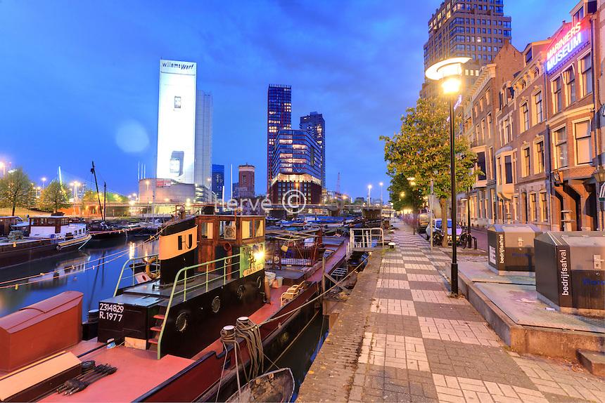 Pays-Bas, Hollande Méridionale, Rotterdam, Oude Haven ou le Vieux Port le soir // Netherlands, South Holland, Rotterdam, Oude Haven or the Old Port at night