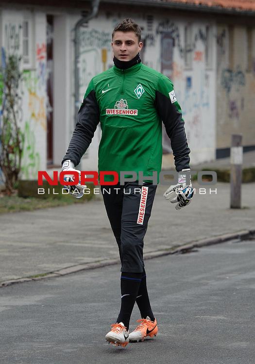 21.02.2014, Trainingsgelaende, Bremen, GER, 1.FBL, Training Werder Bremen, im Bild Sebastian Mielitz (Bremen #1)<br /> <br /> Foto &copy; nordphoto / Frisch