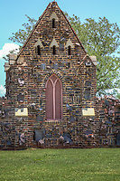 "Established in 1927 by a board of trustees, Memorial Park Cemetery is situated on 175 acres.  The unique architectural features of Memorial Park Cemetery were developed early in our history. The brick and rock fence which surrounds our cemetery on two sides, the two ""guard shacks"" on either side of the main entrance, and the Historic Chapel, centered between the entrance roads, were all designed and built by cemetery employees in the late 1920s."