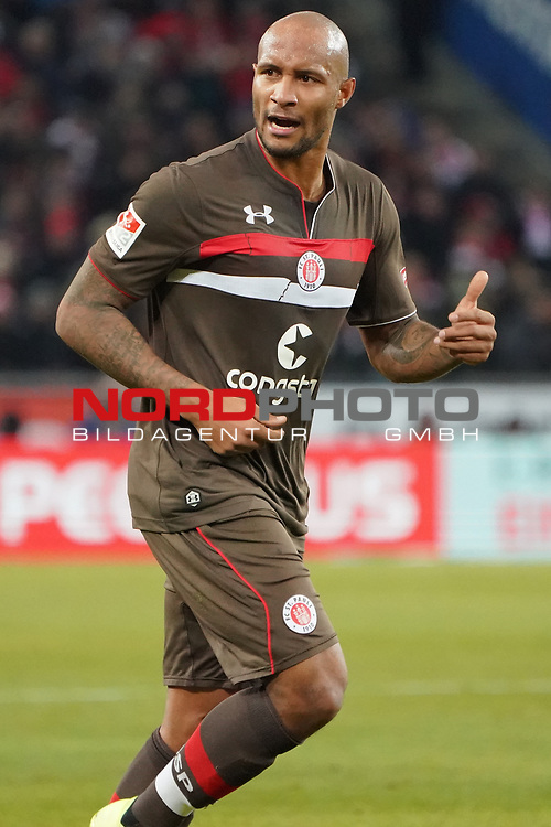 08.02.2019, RheinEnergieStadion, Koeln, GER, 2. FBL, 1.FC Koeln vs. FC St. Pauli,<br />  <br /> DFL regulations prohibit any use of photographs as image sequences and/or quasi-video<br /> <br /> im Bild / picture shows: <br /> Christopher Avevor (St Pauli #6), regt sich auf <br /> <br /> Foto &copy; nordphoto / Meuter