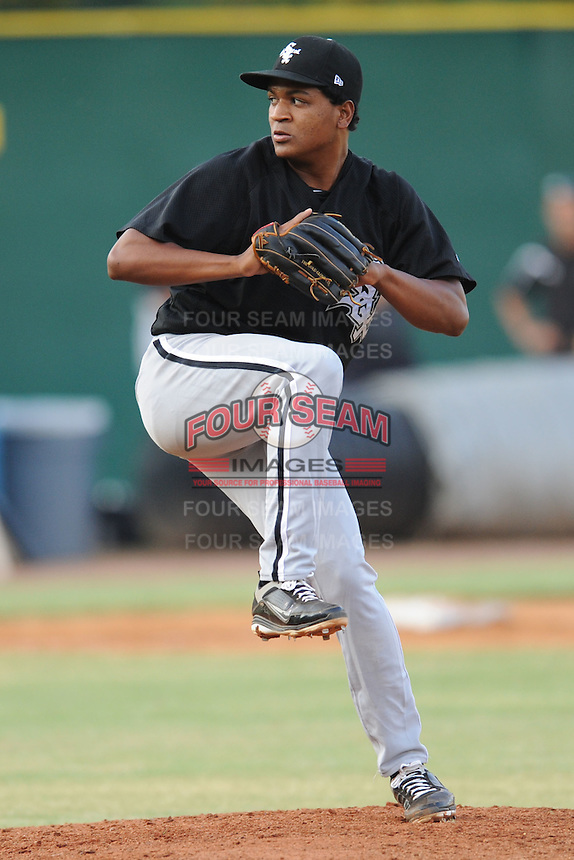 Bristol White Sox starting pitcher Jose Bautista #32 delivers a pitch during a game against the Elizabethton Twins at Joe O'Brien Field on June 25, 2012 in Elizabethton, Tennessee. The Twins defeated the White Sox 9-1. (Tony Farlow/Four Seam Images).