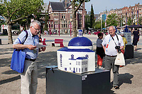 Nederland - Amsterdam - 2018.  Canal House Parade op het Museumplein. Gebouwen in het klein. Op de foto het Renaissance Amsterdam Hotel.   Foto Berlinda van Dam / Hollandse Hoogte.