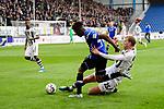 04.11.2018, Sch&uuml;coArena / Schueco Arena, Bielefeld, Deutschland, GER, 2. FBL, DSC Arminia Bielefeld vs. FC St. Pauli<br /> <br /> DFL REGULATIONS PROHIBIT ANY USE OF PHOTOGRAPHS AS IMAGE SEQUENCES AND/OR QUASI-VIDEO.<br /> <br /> im Bild Zweikampf zwischen Henk Veerman (#25 St. Pauli) und Nils Teixeira (#4 Bielefeld)<br /> <br /> Foto &copy; nordphoto / Kurth