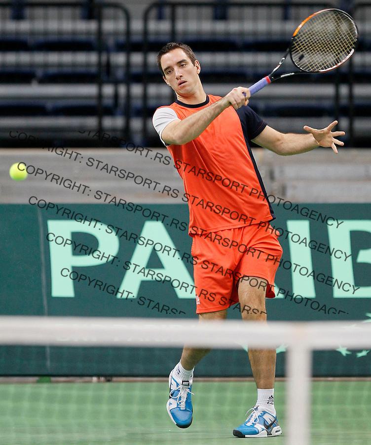 Tenis, Davis Cup 2010.Serbia Vs. France, final.practice session.Viktor Troicki.Beograd, 30.11.2010..foto: Srdjan Stevanovic/Starsportphoto ©