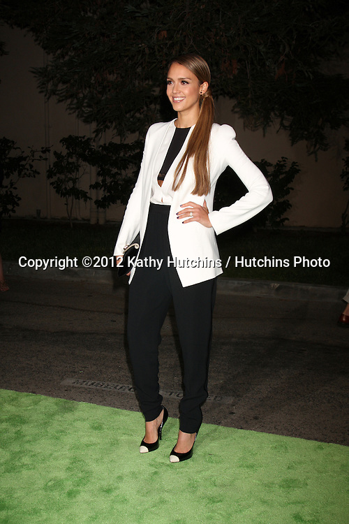 LOS ANGELES - SEP 29:  Jessica Alba arrives at the 2012 Environmental Media Awards at Warner Brothers Studio on September 29, 2012 in Burbank, CA