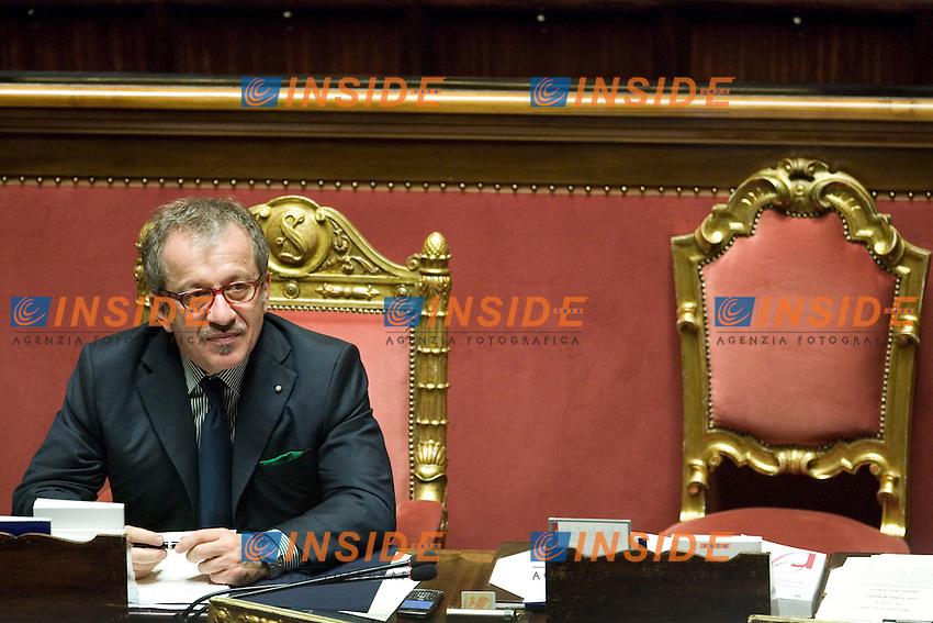 INFORMATIVA AL SENATO DEL MINISTRO PER GLI INTERNI SUGLI INCIDENTI AVVENUTI NEL CORSO DLLA MANIFESTAZIONE DEGLI INDIGNATI DI SABATO 15 OTTOBRE.NELLA FOTO IL MINISTRO MARONI .ROMA 18 OTTOBRE  2011.PHOTO  SERENA CREMASCHI INSIDEFOTO...............