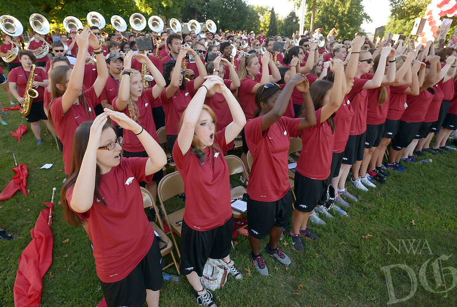 NWA Democrat-Gazette/BEN GOFF @NWABENGOFF<br /> The Razorback marching band performs on Sunday Aug. 21, 2016 during the New Student Welcome and Burger Bash event on Old Main Lawn on the University of Arkansas campus in Fayetteville.