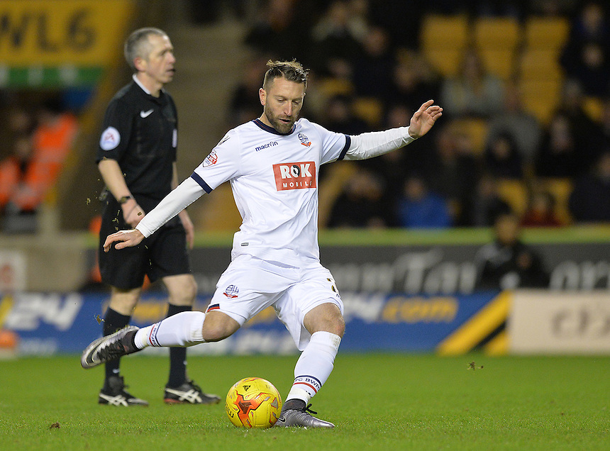 The long range free kick of Bolton Wanderers' Stephen Dobbie finds the back of the net<br /> <br /> Photographer Dave Howarth/CameraSport<br /> <br /> Football - The Football League Sky Bet Championship - Wolverhampton Wanderers v Bolton Wanderers - Tuesday 2nd February 2016 - Molineux Stadium - Wolverhampton <br /> <br /> &copy; CameraSport - 43 Linden Ave. Countesthorpe. Leicester. England. LE8 5PG - Tel: +44 (0) 116 277 4147 - admin@camerasport.com - www.camerasport.com