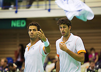 06-04-13, Tennis, Rumania, Brasov, Daviscup, Rumania-Netherlands,Jean-Julien Rojer and Robin Haase(r) in the dubbles
