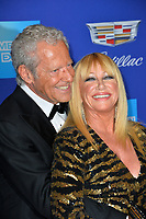 Suzanne Somers &amp; Alan Hamel at the 2018 Palm Springs Film Festival Awards at Palm Springs Convention Center, USA 02 Jan. 2018<br /> Picture: Paul Smith/Featureflash/SilverHub 0208 004 5359 sales@silverhubmedia.com