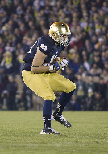 November 17, 2012:  Notre Dame tight end Ben Koyack (18) catches the ball during NCAA Football game action between the Notre Dame Fighting Irish and the Wake Forest Demon Deacons at Notre Dame Stadium in South Bend, Indiana.  Notre Dame defeated Wake Forest 38-0.