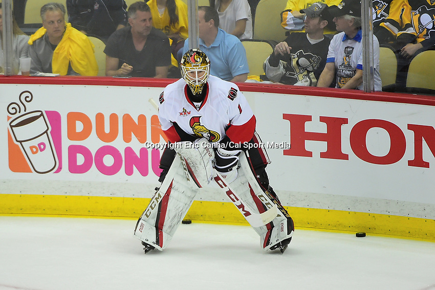 May 21, 2017: Ottawa Senators goalie Mike Condon (1)  warms up before game five of the National Hockey League Eastern Conference Finals between the Ottawa Senators and the Pittsburgh Penguins, held at PPG Paints Arena, in Pittsburgh, PA. Pittsburgh shuts out Ottawa 7-0 to lead the series 3-2.  Eric Canha/CSM