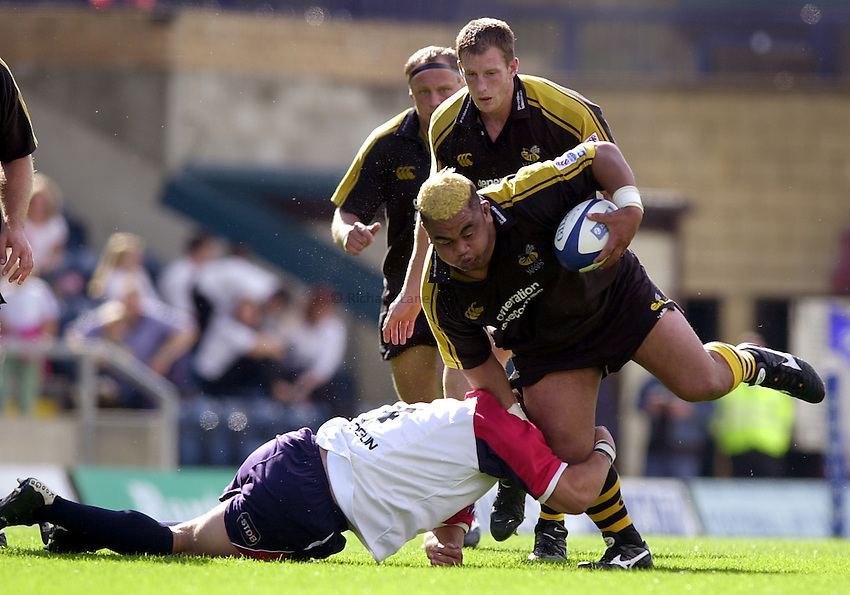 Photo. Richard Lane.London Wasps v Bristol Shoguns. 09/09/2002.Trevor Leota