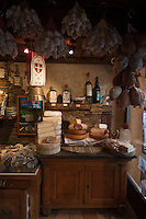 Europe/France/Rhône-Alpes/74/Haute Savoie/Morzine: Epicerie fine et produits savoyards: L'Pelio