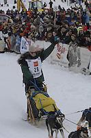 Laura Daugereau Willow restart Iditarod 2008.