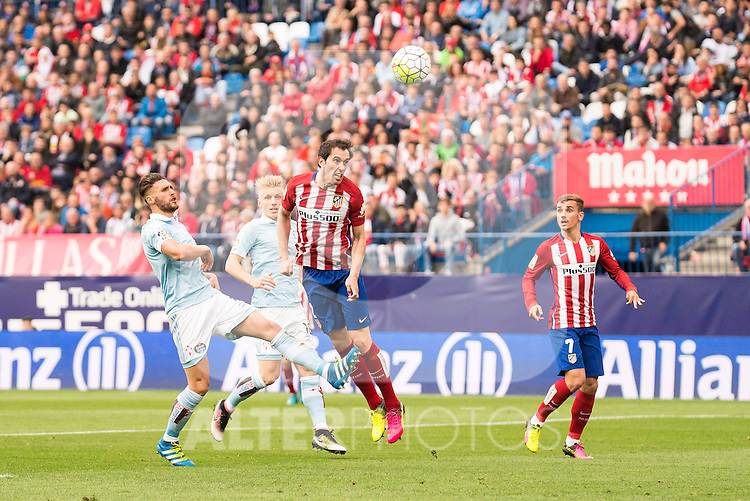 Atletico de Madrid's Godin and Griezmann during La Liga Match at Vicente Calderon Stadium in Madrid. May 14, 2016. (ALTERPHOTOS/BorjaB.Hojas)