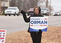 NWA Democrat-Gazette/FLIP PUTTHOFF <br />Stephanie Orman campaigns Tuesday Dec. 4 2018 along North Walton Boulevard in Bentonville.