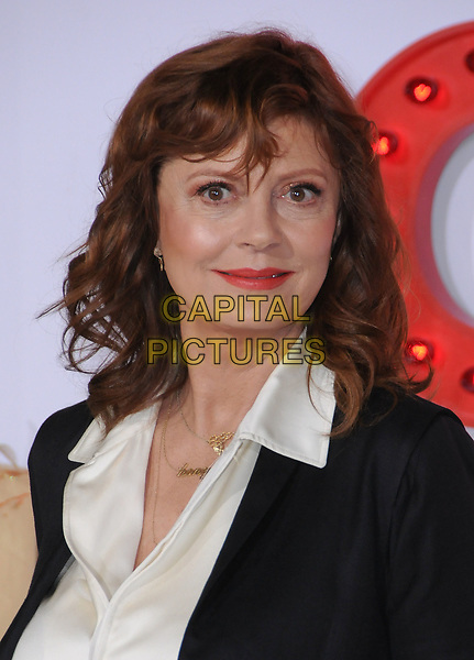 30 October  2017 - Westwood, California - Susan Sarandon. &quot;A Bad Moms Christmas&quot; Los Angeles Premiere held at Regency Village Theater in Westwood. Photo <br /> CAP/ADM/BT<br /> &copy;BT/ADM/Capital Pictures
