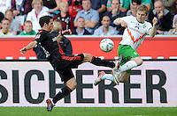 FUSSBALL   1. BUNDESLIGA   SAISON 2011/2012    2. SPIELTAG Bayer 04 Leverkusen - SV Werder Bremen              14.08.2011 Gonzalo CASTRO (li, Leverkusen) gegen Marko MARIN (re, Bremen)
