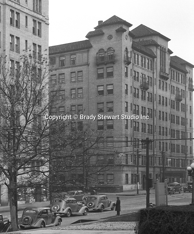 Pittsburgh PA:  View of the Coronado Apartments and Centre Avenue in Shadyside - 1935.  The apartments were built around the same time as the Arlington Apartments.  Apartments are still in use today and primarily houses Pitt and Carnegie Mellon Students