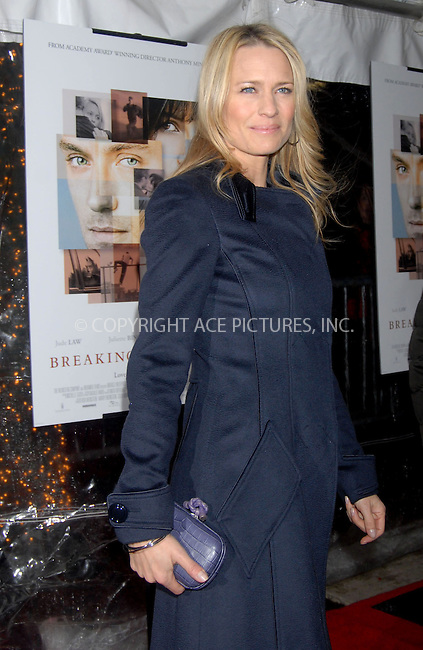 WWW.ACEPIXS.COM . . . . . ....January 18, 2007, New York City. ....Robin Wright Penn attends the Premiere of 'Breaking and Entering'.  ....Please byline: KRISTIN CALLAHAN - ACEPIXS.COM.. . . . . . ..Ace Pictures, Inc:  ..(212) 243-8787 or (646) 769 0430..e-mail: info@acepixs.com..web: http://www.acepixs.com