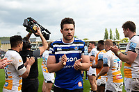 Charlie Ewels and the rest of the Bath Rugby team leave the field after the match. Gallagher Premiership match, between Bath Rugby and Wasps on May 5, 2019 at the Recreation Ground in Bath, England. Photo by: Patrick Khachfe / Onside Images