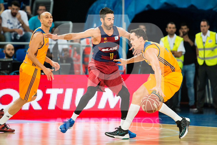 Herbalife Gran Canaria's player Kyle Kuric and FC Barcelona Lassa player Juan Carlos Navarro during the final of Supercopa of Liga Endesa Madrid. September 24, Spain. 2016. (ALTERPHOTOS/BorjaB.Hojas)