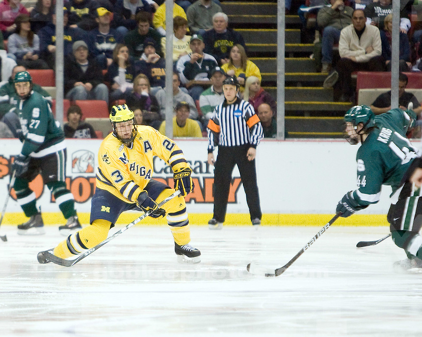 1/30/2010 U-M vs. Michigan State ice hockey at Joe Louis Arena.  U-M won 5-4.