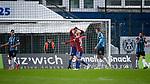 Dominik Stroh-Engel (Unterhaching, 7) (2.v.li.) ärgert sich mit Sascha Bigalke (Unterhaching, 21) über eine vergebene Torchance, enttäuscht schauend, Enttäuschung, Frustration, disappointed, pessimistisch beim Spiel in der 3. Liga, SpVgg Unterhaching - SV Waldhof Mannheim.<br /> <br /> Foto © PIX-Sportfotos *** Foto ist honorarpflichtig! *** Auf Anfrage in hoeherer Qualitaet/Aufloesung. Belegexemplar erbeten. Veroeffentlichung ausschliesslich fuer journalistisch-publizistische Zwecke. For editorial use only. DFL regulations prohibit any use of photographs as image sequences and/or quasi-video.