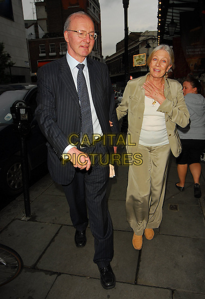 VANESSA REDGRAVE & GUEST.At the Theatre Museum Fundraising Reception, Theatre Museum, London, England, May 16th 2006..full length .Ref: CAN.www.capitalpictures.com.sales@capitalpictures.com.©Can Nguyen/Capital Pictures