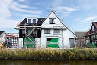 Nederland Zaandam 2018.   Nieuwbouw in Zaandam. Muren worden geisoleerd.  Foto Berlinda van Dam / Hollandse Hoogte